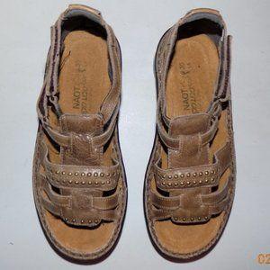 New Naot Serenada Hazelnut leather